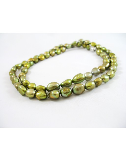 Green Chrysanthemum, necklace
