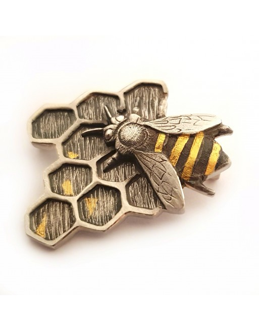 Mehiläinen rintaneula